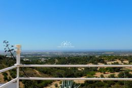 Attrakive Villa mit atemberaubenden Blick auf die Küste und den Atlantik nahe Santa Barbara de Nexe
