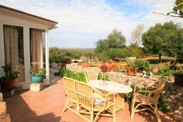 Traditional villa with beautiful garden and wonderful views near Loule