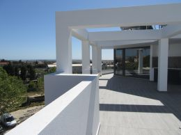 Penthouse apartments in Tavira with sea view, exclusive roof terrace, garage & pool