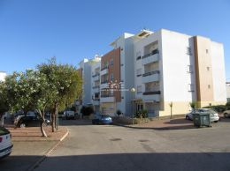 Top floor apartment with sea view and 110 m2  private roof terrace in Tavira