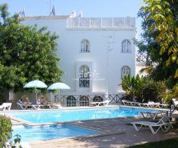 1 SZ Wohnung mit sonniger Terrasse in einem grünen Ferienort in Tavira