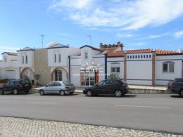 Duplex apartment with loft, sun terraces and garage close to Castro Marim