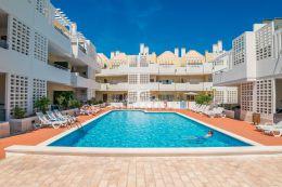 Penthouse-Wohnung mit Meerblick, Garage, Pool und einer fantastischen Dachterrasse in Cabanas de Tavira