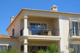 Fully furnished apartment in golf resort with amazing views near Carvoeiro