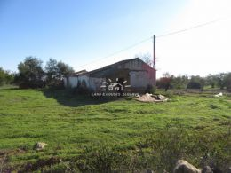 South-facing plot with approved project to build a house close to Tavira