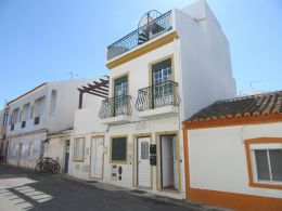 Fully furnished townhouse in Cabanas de Tavira with stunning sea view