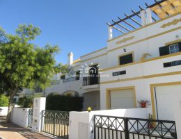 Townhouse with patio in green residential area in Tavira
