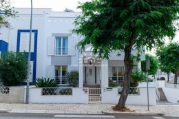 Superb townhouse with garden on best location in up market residential area in Tavira