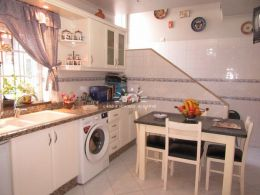 Townhouse in Tavira center with attic and roof terrace near the Roman Bridge