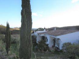 Haus mit Garage und Meerblick in ruhiger Lage nahe Tavira
