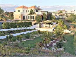 Villa with pool and sea view near Monte Rei Golf and Tavira