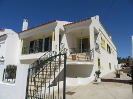 Semi-detached villa with garden in semi-rural setting at short drive from Tavira
