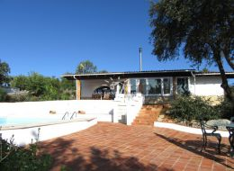 Large Quinta with pool, mature garden on preferred location near Sao Bras de Alportel