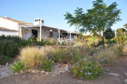 Renovated Quinta with large gardens in countryside close to Sao Bras