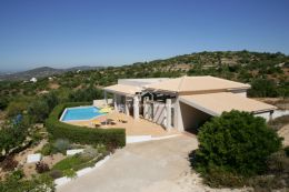 Villa with infinity pool offering privacy & breath taking views towards the coastline