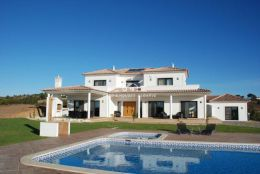 Beautiful modern luxury Villa near Monte Rei with swimming pool, garage and sea view close to various beaches
