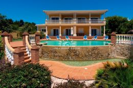 Large frontline villa with infinity pool and sea view near Lagos