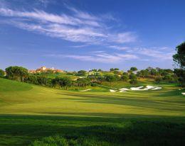 Baugrundstück für höchste Ansprüche am Golfplatz