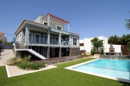 New villa with pool and fantastic seaview near Santa Barbara de Nexe