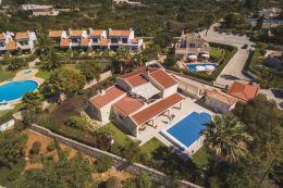 Beautiful villa with heated pool in upmarket urbanisation in Carvoeiro
