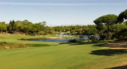 Building plot for villa on awe-inspiring position overlooking golf course in Quinta do Lago