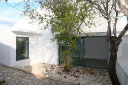 High quality villa with sea view near Boliqueime