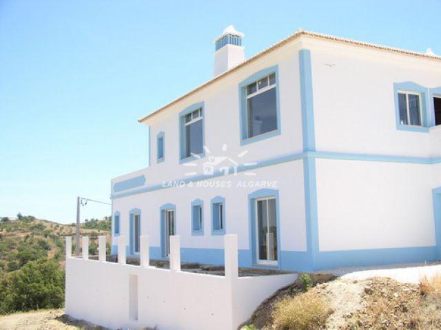 Villa zu verkaufen Santa Catarina