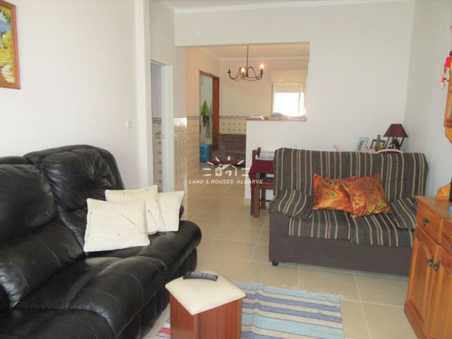 Three bedroom refurbished apartment with balconies in Tavira centre