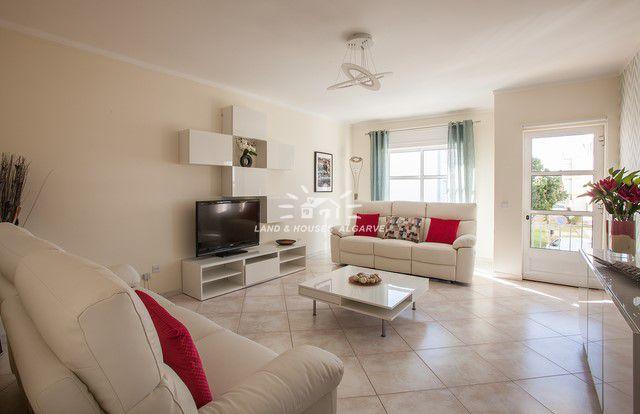Wohnzimmer von Schöne 2 SZ Wohnung nahe Uferpromenade in Santa Luzia