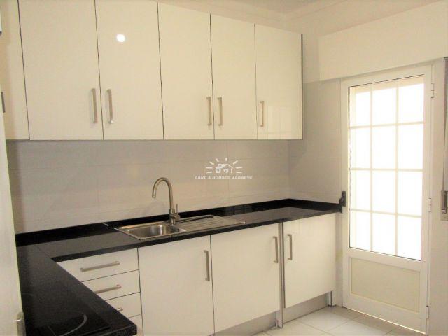 Küche von Renovierte 1 SZ Wohnung im Zentrum von Tavira