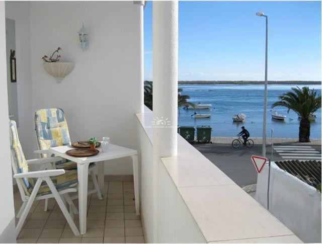 Wohnung in Santa Luzia mit wunderbarem Lagunenblick