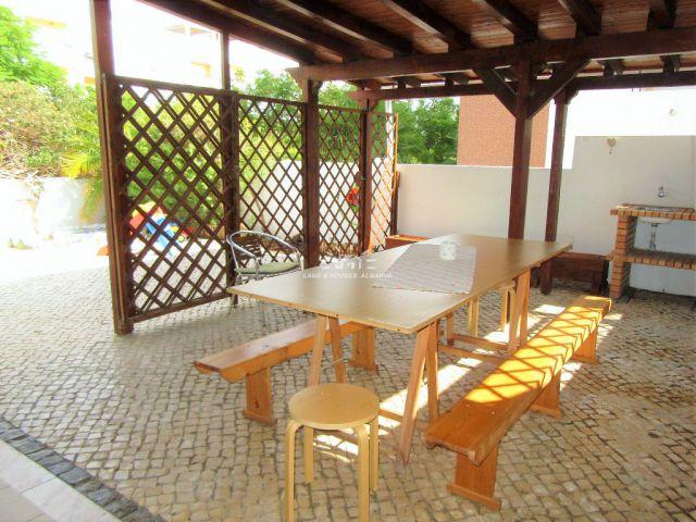 3 SZ Wohnung mit grosser Südveranda und Grillbereich nahe Tavira