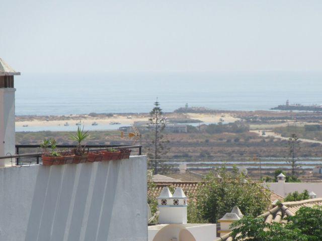 Exklusive OG-Wohnung mit privater Terrasse