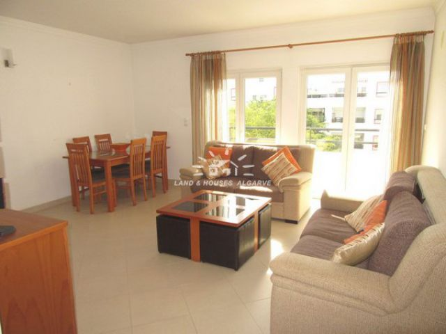 Fully furnished south facing top floor apartment