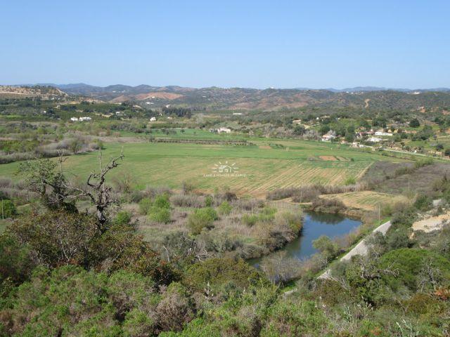 Views over the evergreen Asseca Valley near Tavira