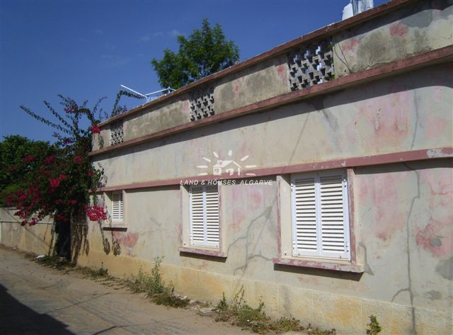 villa for sale Santo Estevao