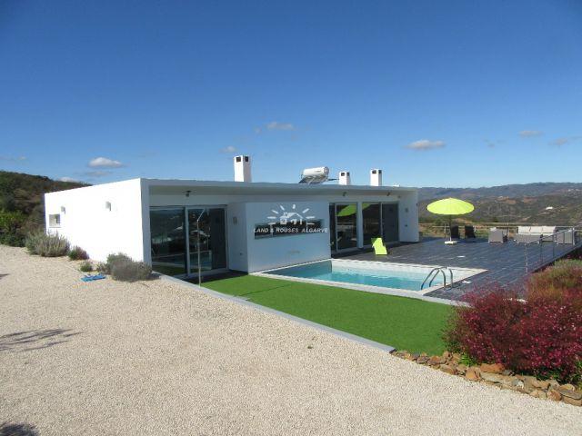 Hochwertige, moderne Villa mit Pool und Meerblick nahe Tavira