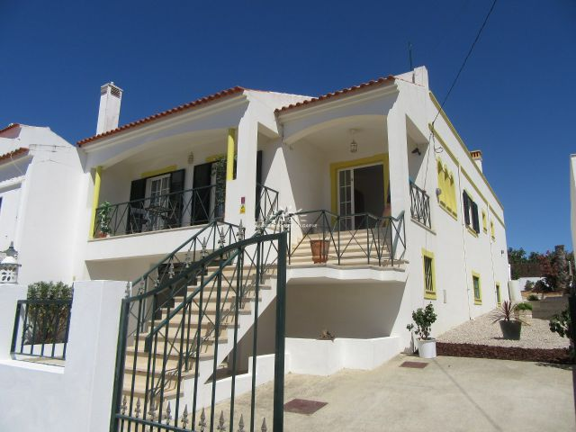 Semi-detached villa with garden near Tavira