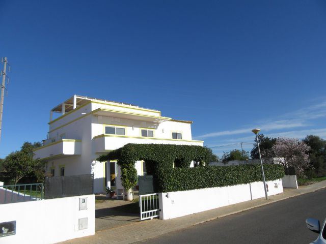 Large villa with pool close to the beach
