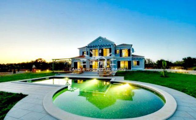 villa for sale Lagoa