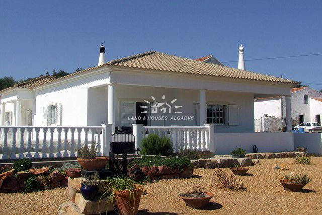 Villa zu verkaufen nahe Sao Bartolomeu de Messines
