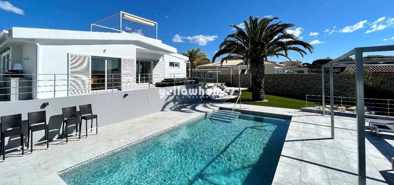 Moderne, komplett möblierte 3+1 SZ Villa mit Pool in Strandnähe