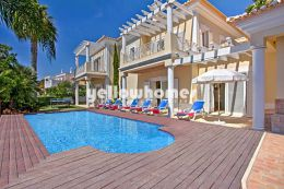 Well presented villa with heated pool for sale near...