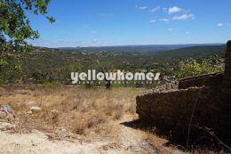Plot to build a villa up to 400m2 overlooking the countryside...
