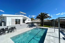 Modern 3+1 bedroom villa with pool close to the...