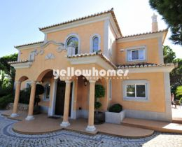 Stunning new four bedroom villa overlooking golf...