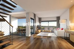 Contemporary 3-bedroom duplex apartment near the Golf...