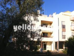 Spacious 3-bed apartment with garage in Tavira