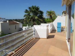 Fabulous penthouse with sea views in Santa Luzia