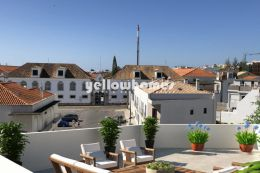 3-bed penthouse with attic in the centre of Tavira